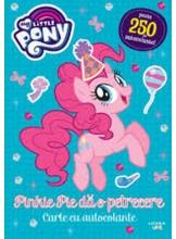 MY LITTLE PONY. Pinkie Pie da o petrecere. Peste 250 de autocolante!