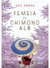 Blue Moon. FEMEIA CU CHIMONO ALB.
